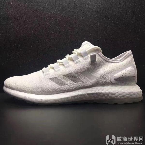 真标运动鞋微商代理,福建真标运动鞋厂家一件代发