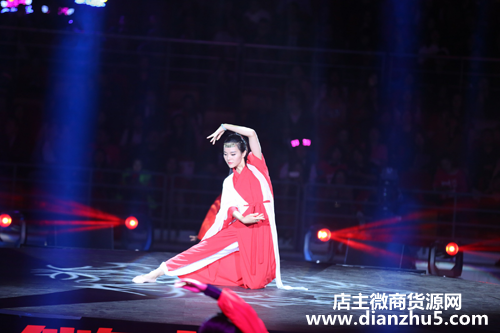 【微商演员】第三届微商春晚么尚卢小燕《一生所爱》瑜伽表演